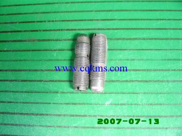 中国康明斯发电机 重庆康明斯KTA19开槽调节螺栓168306