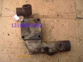 3899625重庆康明斯发动机配件滤清器座接头