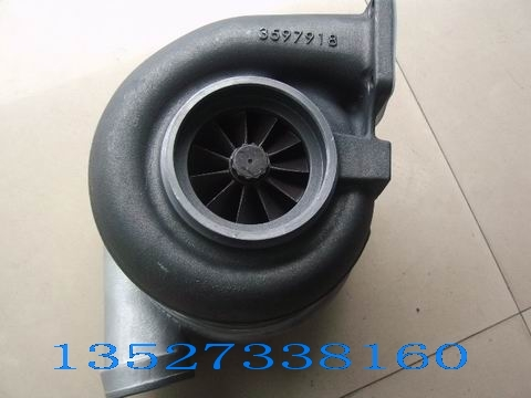 KTA19G康明斯发动机3033548柴油机涡轮增压器*