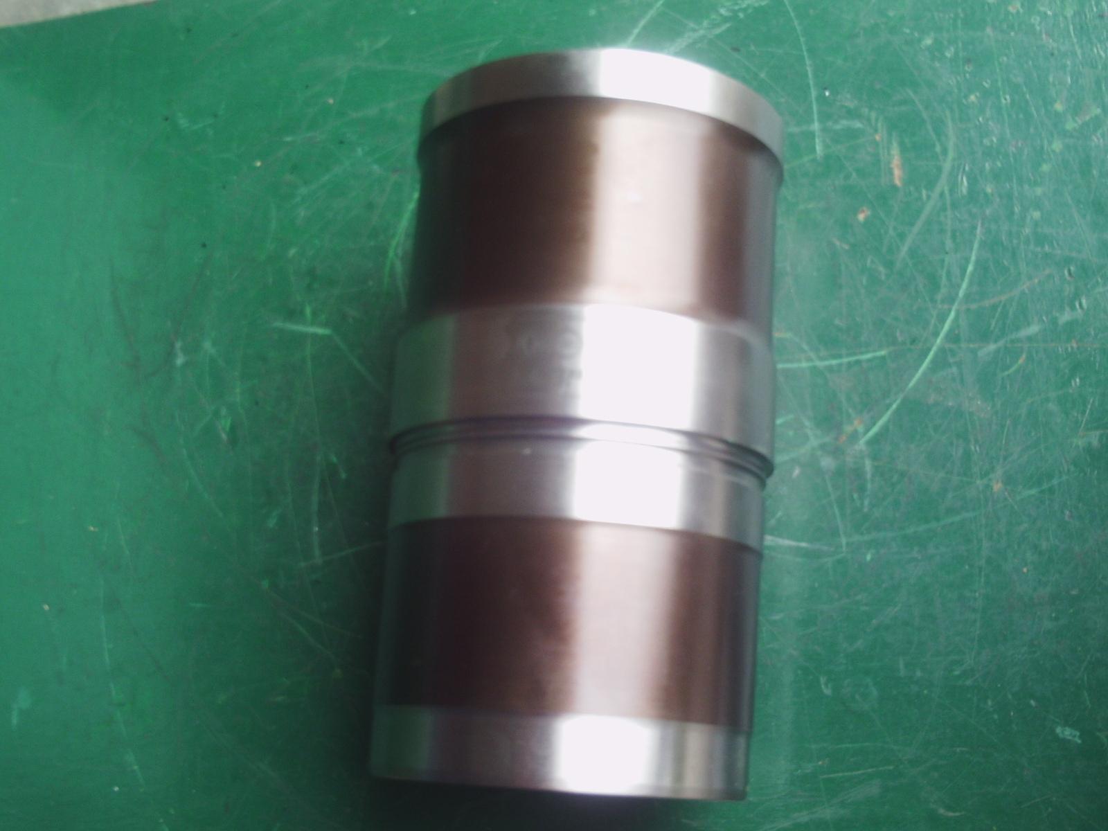 康明斯发动机配件发电机缸套3948095