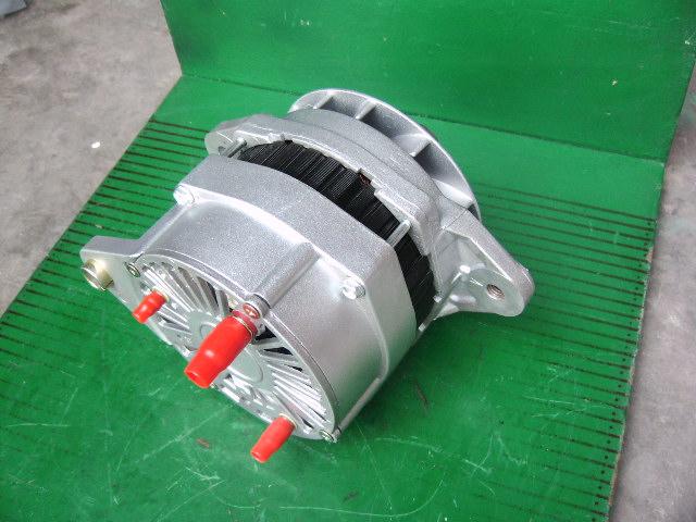汽车启动充电机 康明斯发动机充电机4993343
